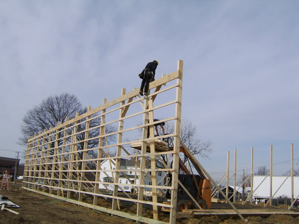 Pole Barn Pole Sizing : Pole barn construction pictures how to build your own